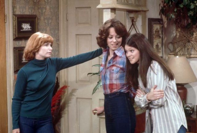 Bonnie Franklin with TV Daughters Mackenzie Phillips and Valerie Bertinelli