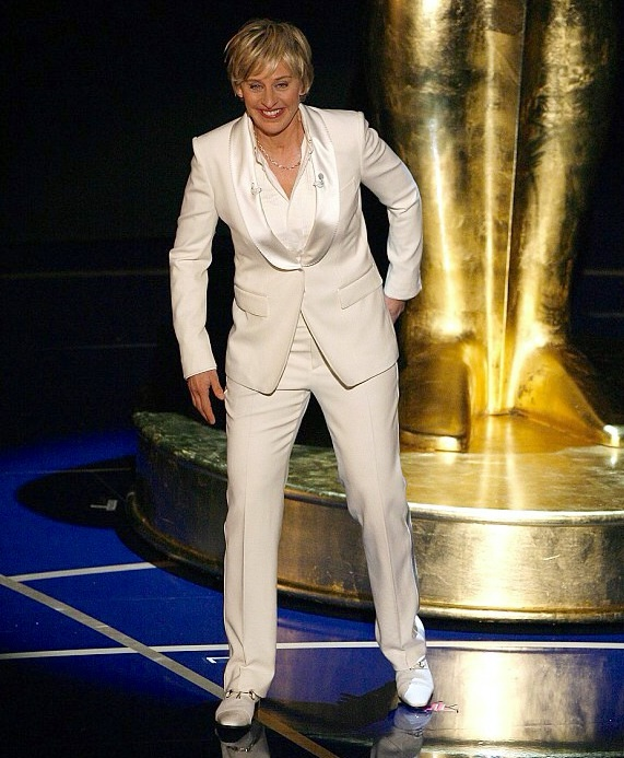 "Ellen Degeneres Hosting The 2007 Academy Awards in her ""Saturday Night Fever"" Suit"